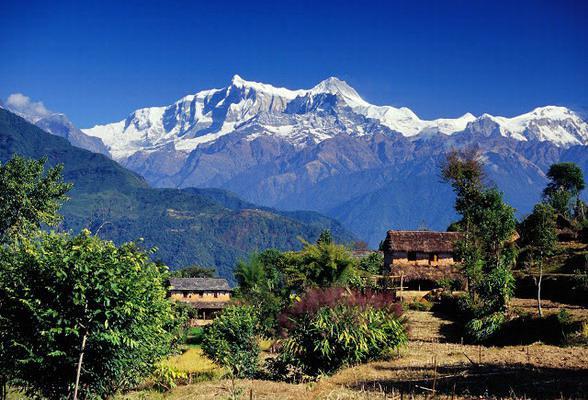 Скромный отель в горах