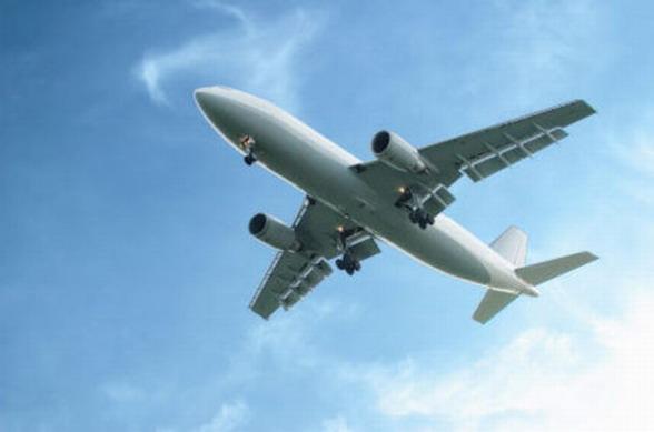 Самолет, авиаперелеты с авиабилетами эконом класса