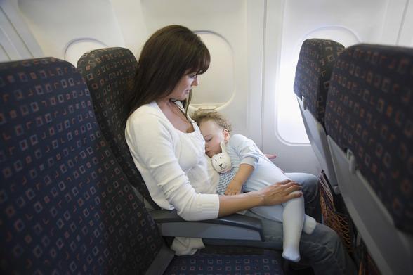 С маленьким ребенком в самолете